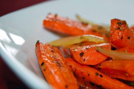 Roasted Carrots with Onion